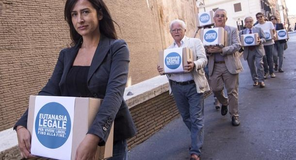 Liberi fino alla fine: nuovo appello civile per l'eutanasia legale