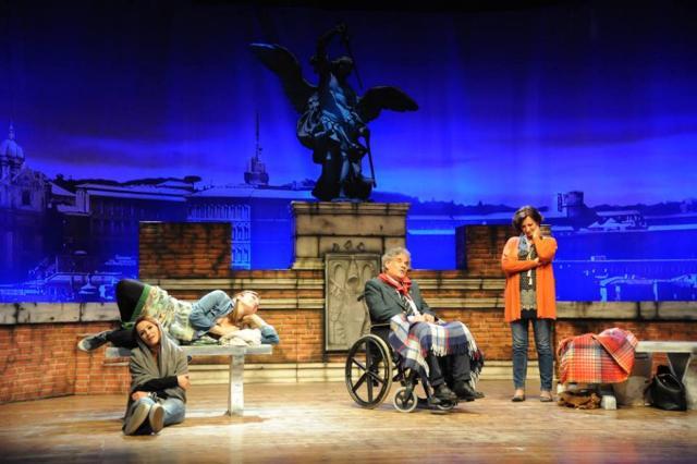 La notte della Tosca, al teatro Manzoni fino al 16 aprile