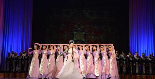 Tatul Altunyan ensemble, l'identità armena vive nella danza e nella musica