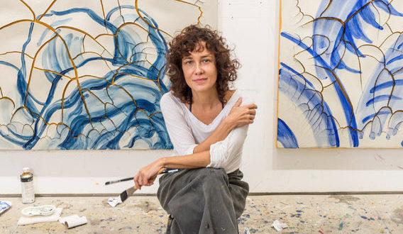Adriana Varejao, il fascino degli azulejos alla Gagosian gallery