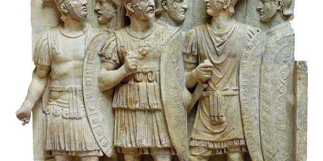 Relief : soldats et officiers romains