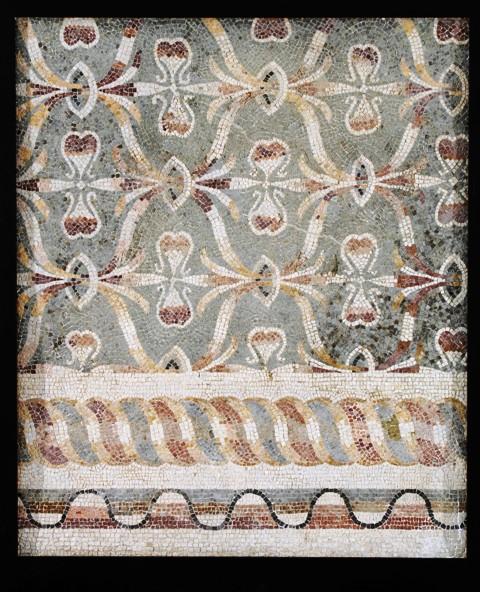 Musei Capitolini, Antiquarium, Mosaico policromo pavimentale con trama di sinusoidi